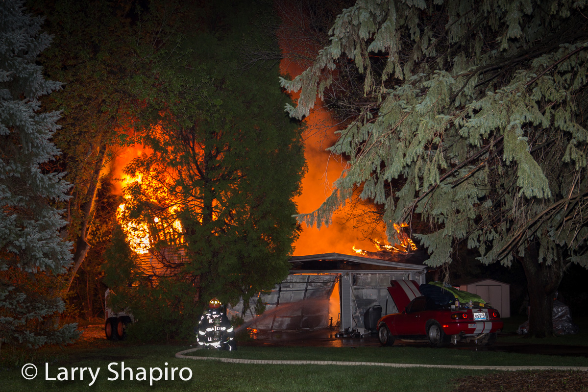 garage fire at 204 E Camp McDonald Road in Prospect Heights IL 5-3-15 Larry Shapiro photographer shapirophotography.net