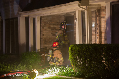 Countryside FPD house fire in Hawthorn Woods 5-20-17 Larry Shapiro photographer Shapirophotography.net