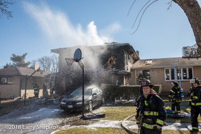 house fire at 539 Westmere Road in Des Plaines IL 1/26/18 shapirophotography.net Larry Shapiro photographer