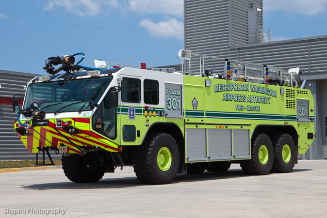 Reagan National Washington Airport Oshkosh Striker 3000