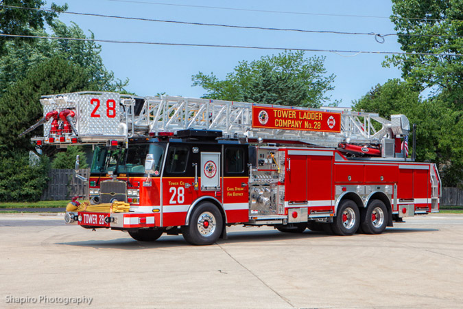 Carol Stream Fire District Towe Ladder 28 E-ONE Cyclone II HP95 Larry Shapiro photography