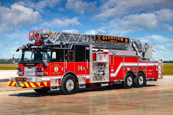 Glenview Fire Department Pierce Arrow XT quint fire truck photos Gurnee Fire Department Evanston Fire Department shapirophotography.net