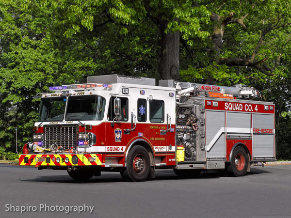 Township of Union NJ FIre Department fire truck photos headquarters station Squad 4 Spartan Crimson Boomer shapirophotography.net